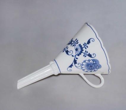 Cibulák Trychtýř 16,7 cm originální cibulákový porcelán Dubí, cibulový vzor