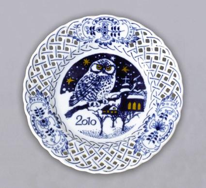 Cibulák talíř výroční 2010 závěsný prolamovaný 18 cm originální cibulákový porcelán Dubí, cibulový vzor,