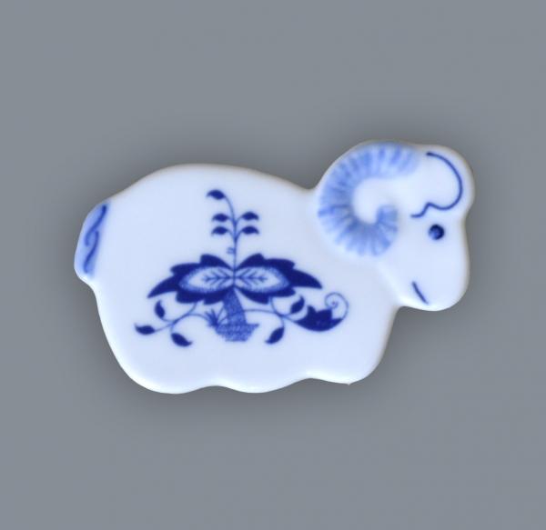 Cibulák magnetka beránek 6 cm originální cibulákový porcelán Dubí, cibulový vzor,