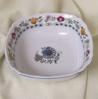 Mísa salátová čtyřhranná italská 21 cm NATURE barevný cibulák, cibulový porcelán Dubí