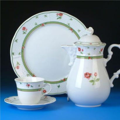 talířová souprava Menuet růže porcelán Thun a.s. 6 osob 18 dílů český porcelán Nová Role