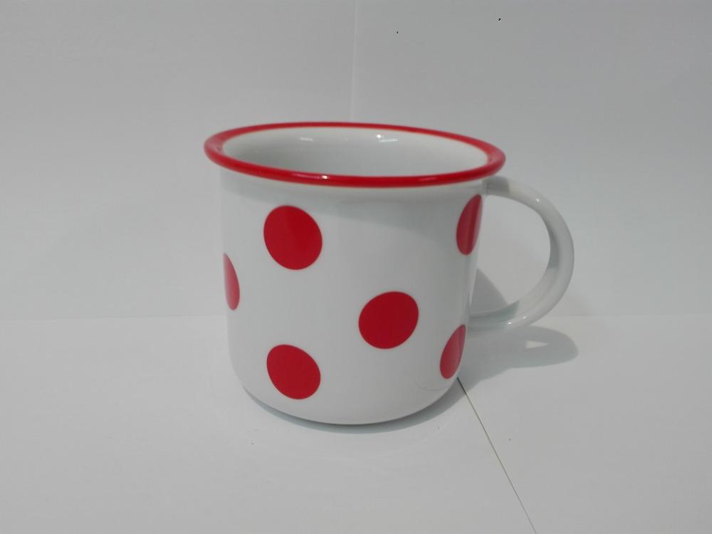 hrnek červené puntíkyvelké 0,26 l český porcelán Dubí