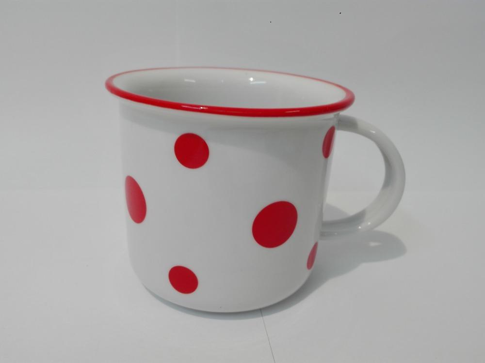 hrnek Tina červené puntíky malé 0,26 l český porcelán Dubí